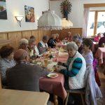 Gemeinsames Mittagessen im Gasthof Alpenblick