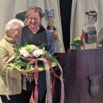 AWO Präsidentin Nicole Schley AWO OBB gratuliert Thea Zimmer zur 70 Jahr Feier