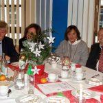 Am Weihnachtstisch von Horst