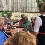 AWO Senioren beim Kaffee und Kuchen