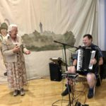 Herbstfest Thea mit Musiker