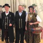 Edgar, Robert, Renate in Dachauer Tracht